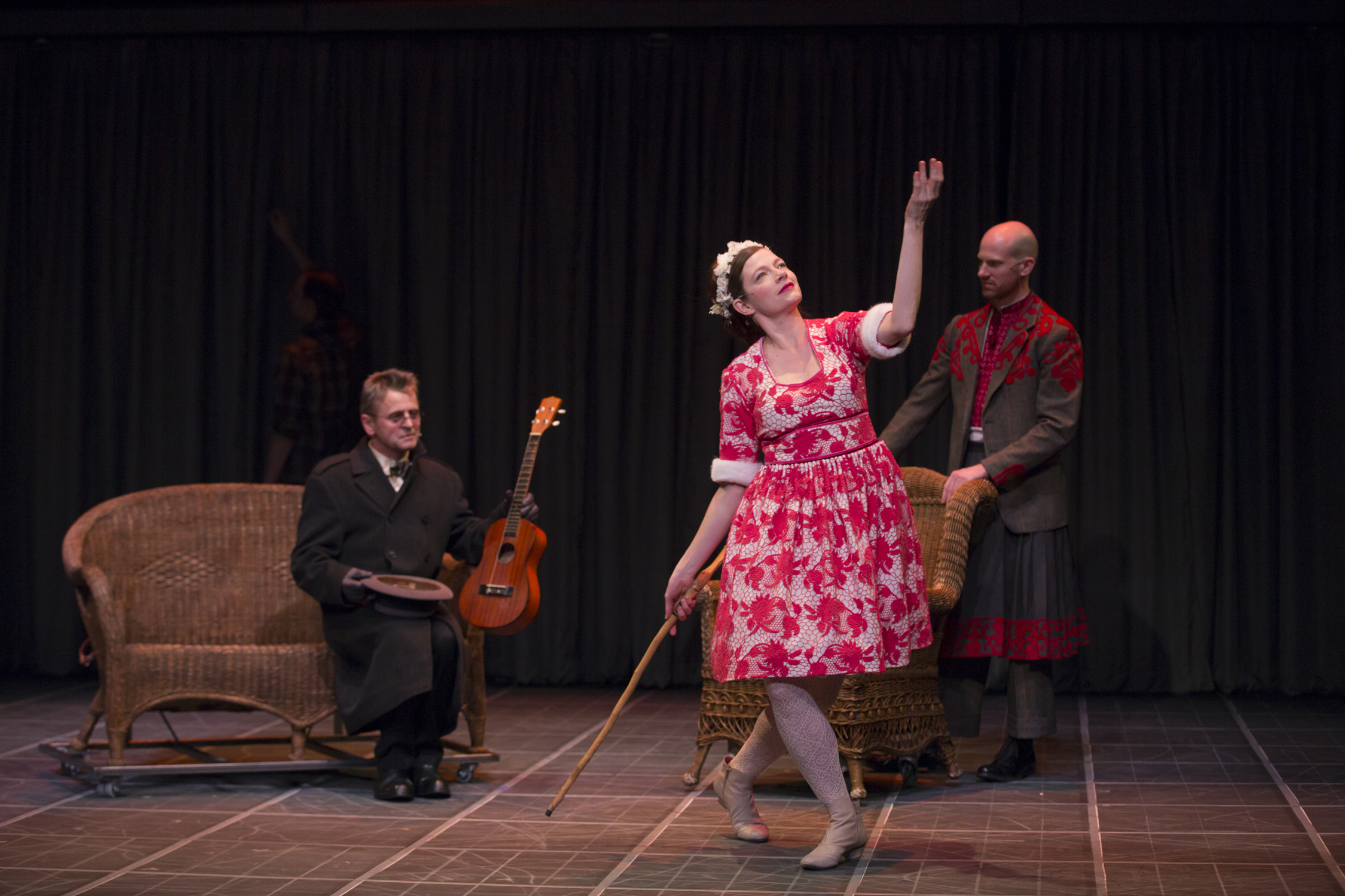 Mikhail Baryshnikov Tymberly Canale And Aaron Mattocks In Man In A Case T Charles Erickson Washcult